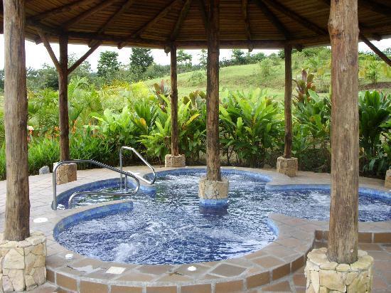 Arenal Manoa Hotel & Spa: Jacuzzi