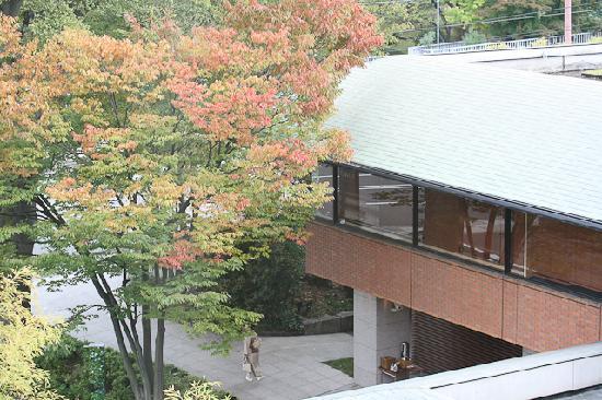 Hyatt Regency Kyoto: 同じく部屋からエントランス方向