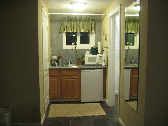 Silverton Inn and Suites: Kitchenette