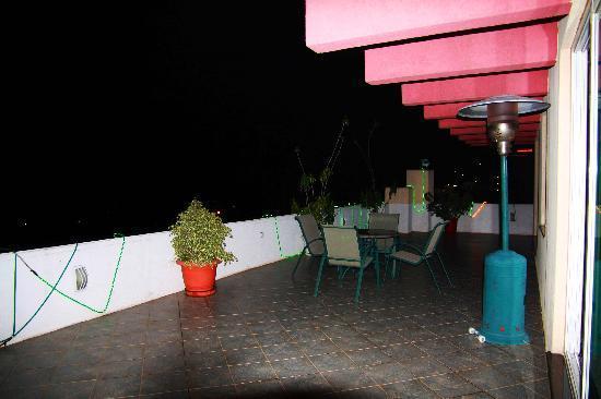 Adot-Tina Hotel: Terrace