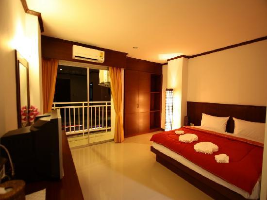 AsiaLoop G-House: Room