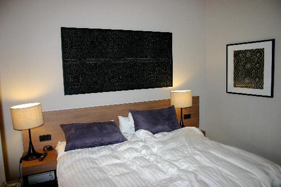 Adina Apartment Hotel Berlin Checkpoint Charlie: Adina bedroom