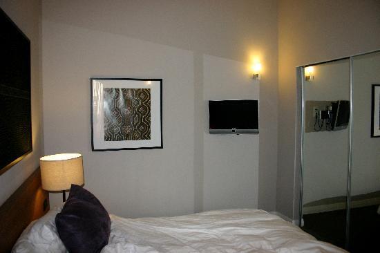 Adina Apartment Hotel Berlin Checkpoint Charlie: Adina bedroom 2