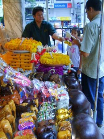 Bilde fra Erawan Shrine (Thao Mahaprom Shrine)