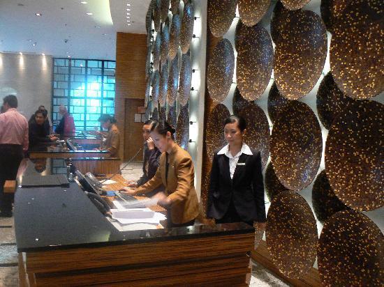 Manila Marriott Hotel Front Desk