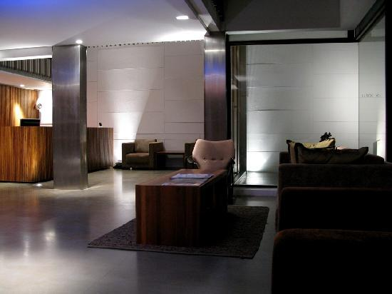 Luxx XL: Lobby