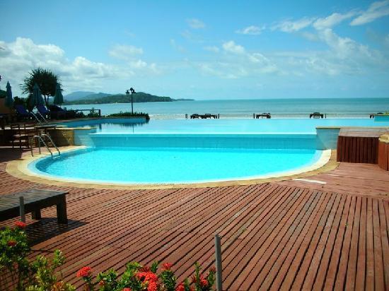 Twin Bay Resort Hotel - room photo 3069053