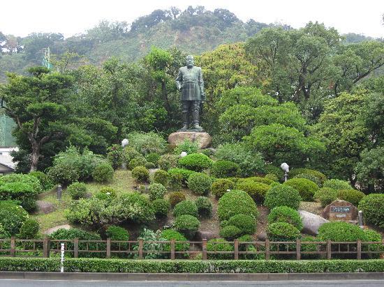 西郷隆盛銅像 - Picture of Saigo Takamori Statue, Kagoshima - TripAdvisor