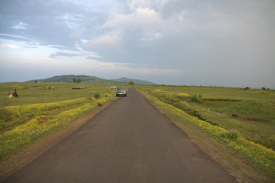 Hotel Sagar Deluxe: Kaas Plateau