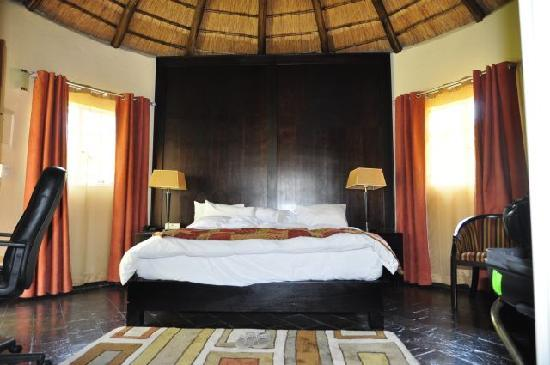 Shumba Valley Lodge: nice room