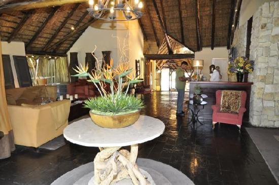 Shumba Valley Lodge: reception