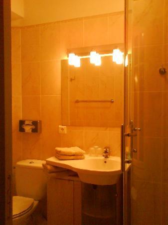 Hotel Alcyon : salle de bain