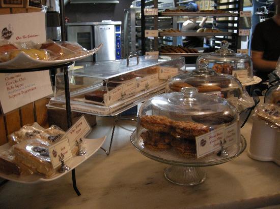 Milk and Cookies Bakery: Yummy treats!