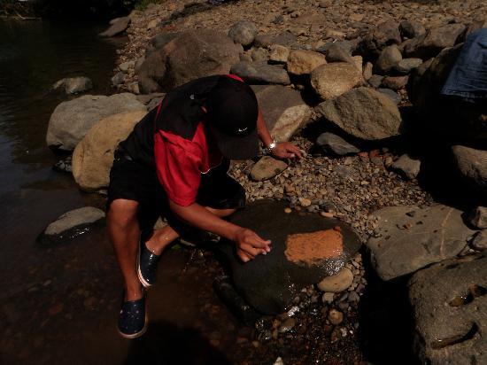 Luquillo, Porto Rico : Taino ritual at the river