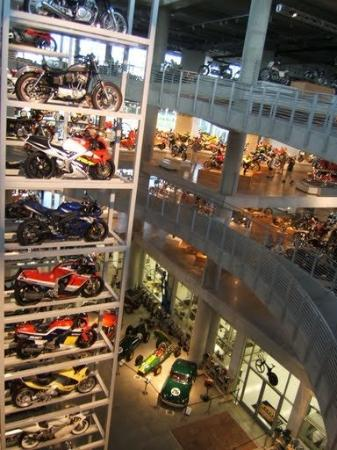 Barber Vintage Motorsports Museum : This place is simply amazing...I was speachless...