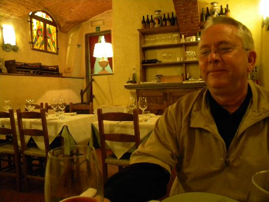 Restaurant La Pentola Dell'Oro: Downstairs Dining Room