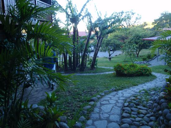 Arco Iris Lodge : Grounds