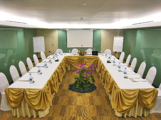 Royal President: Meeting Room