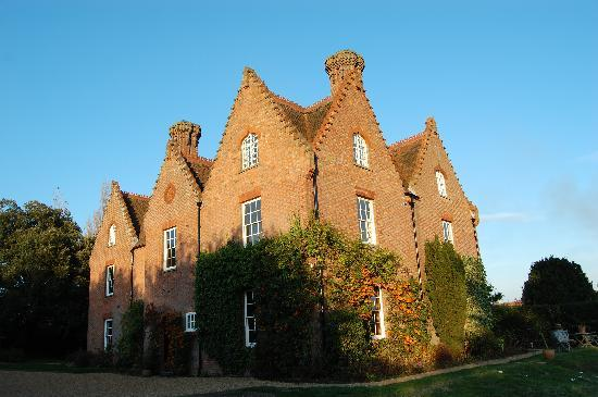 Sissinghurst Castle Farmhouse: A lucky Sunday!