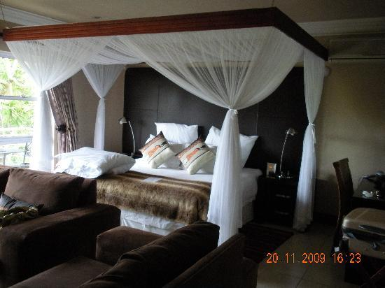uShaka Manor Guest House: The suite