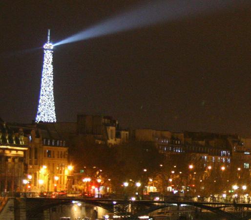 Best Western Le Nouvel Orléans : Sparkly Tower