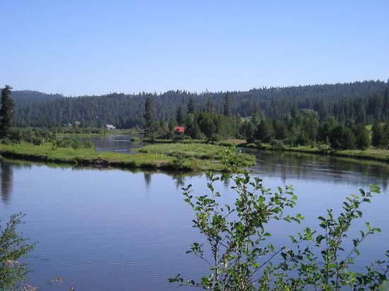 Idaho: Wide section of the Payette River on the Payette River Scenic Biway