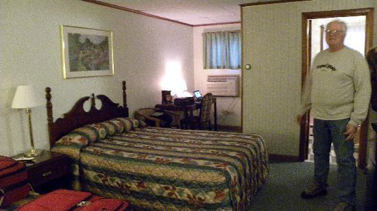 Granby Motel: Bed was comfy
