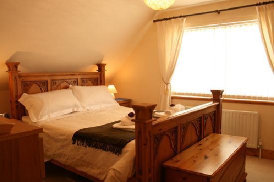 Regal House: Bedroom 1