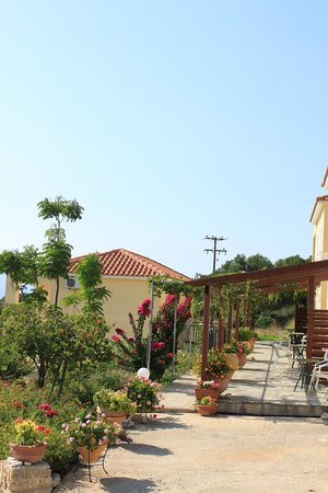 Photo of Maria's Garden Villas Lassi