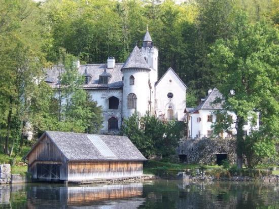 Salz Welten : private castle in Hallstatt