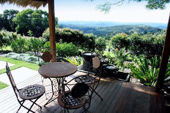 Maleny Terrace Cottages : Pavilion with Views