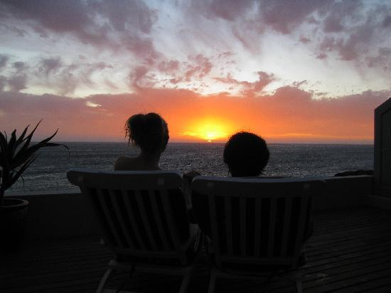 Villa Marine Guest House: Amazing view of the sunset from the balcony