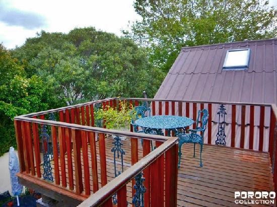 Harfield Guest Villa: balcony