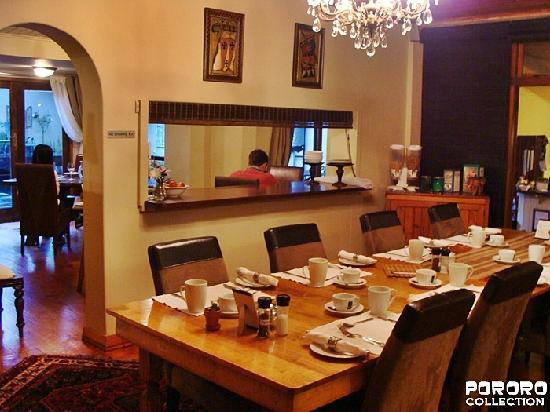Harfield Guest Villa: dining area