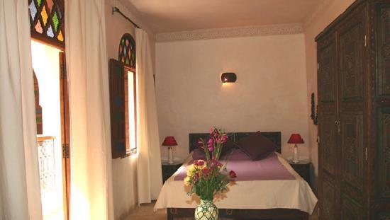 Riad Massiba: Mauve Room