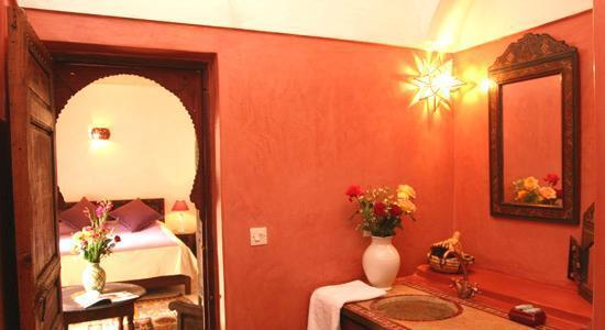 Riad Massiba: Mauve Room - bathroom