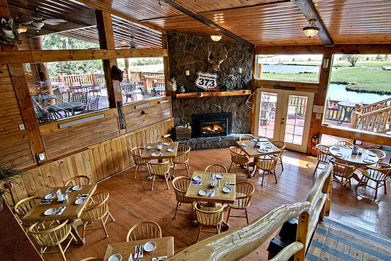 The 373 Grill Restaurant at the Greer Lodge Resort