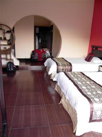 Li River Resort: One of our spacious rooms: room 302