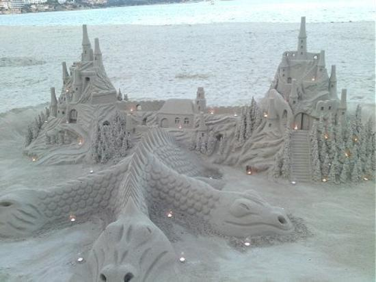 Palma Nova, Spanje: Some bloke made this in the sand and it looked great