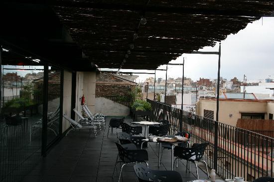 Casa Camper Hotel Barcelona: Roof Sitting Area