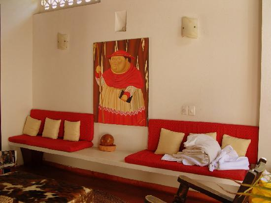 Hotel Casa del Curato: a common lounge on the 2nd level (where the rooms are)