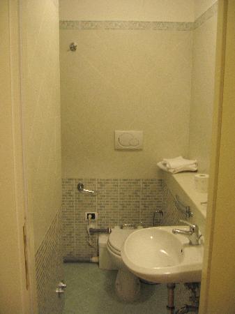 La casa dell'arte: Bathroom