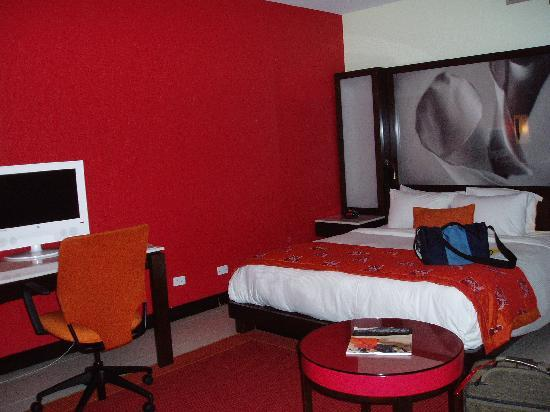 The Condado Plaza Hilton: Room