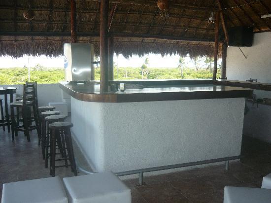 Las Dunas Hotel & Resorts : Blue Moon Lounge Bar
