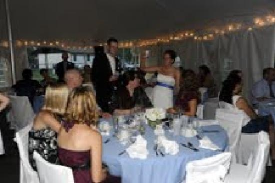 Dunham's Bay Resort: Bride and Groom at table