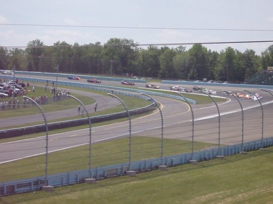 Watkins Glen International: The start of the race, DP's coming into turn 1.