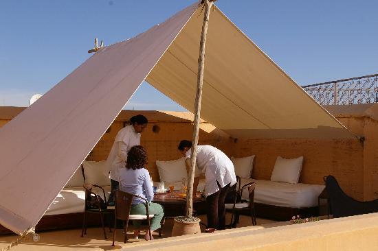 Terrasse Et Tente Berb 232 Re Picture Of Riad Ennafoura