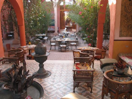 Al Moudira Hotel : Hall