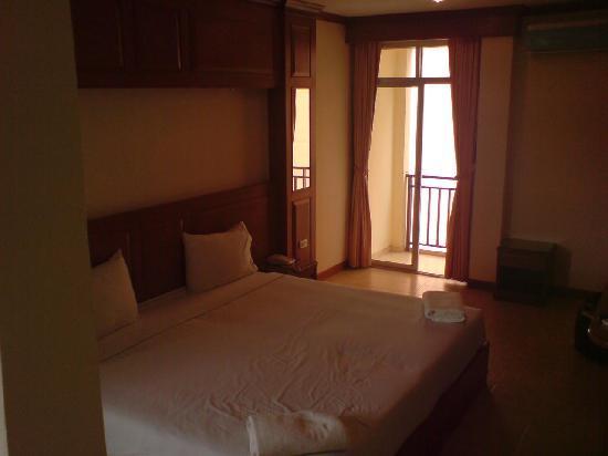 โรงแรมสยาม: room with balcony