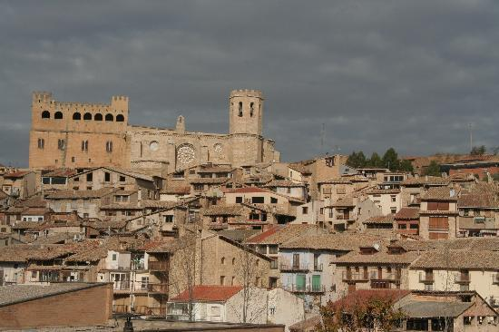 Valderrobres, Spanien: Vista desde el balcón de nuestra habitación